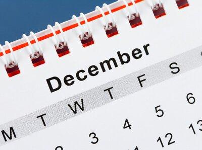 Simbolurile cifrei 12 - Căutările unui Decembrie în an de Împărat