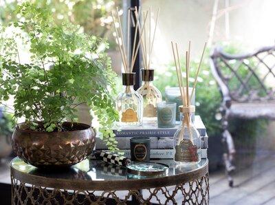 10 moduri de purifica energia din casă