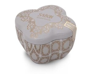 Baskets Candle in small tin box Vanilla