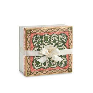 Gift Boxes Logo Box Spring - M